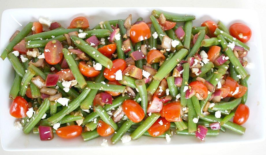 Large plate of vegan balsamic green bean salad