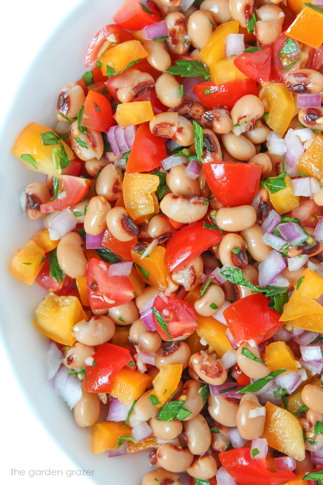 Vegan black-eyed pea salad with tomato and bell pepper