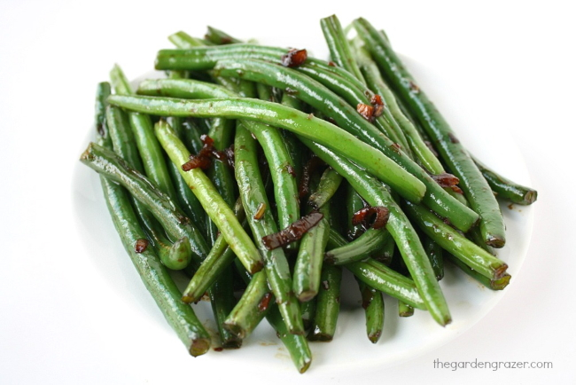 Plate of Asian-style green beans with garlic