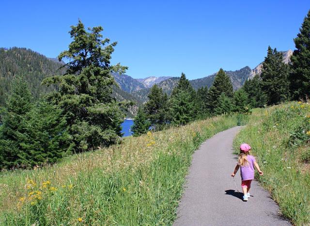 Walking trail near Hebgen Lake in Montana