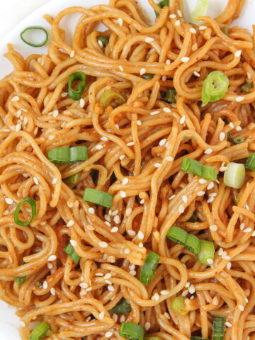 Vegan hoisin peanut noodles